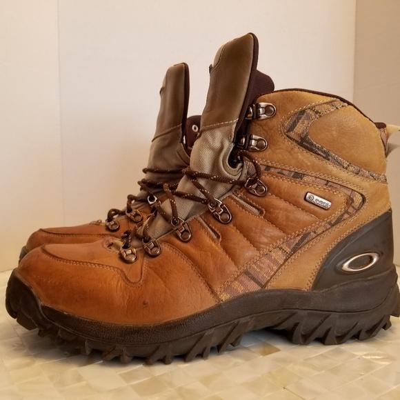 c07c74b860b Oakley All Mountain LT Boots Sz 13M